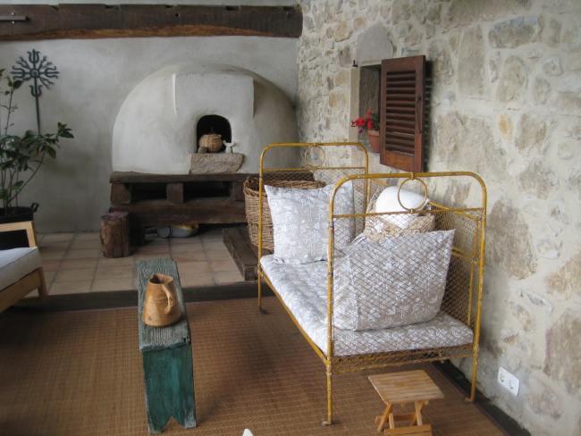 Muebles de hierro forjado, la esencia de los jardines - photo#33