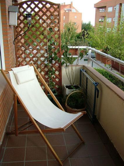 Consejos para decorar balcones peque os - Muebles para balcones pequenos ...