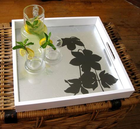 Utilizar bandejas como centro de mesa for Bandejas decoracion salon